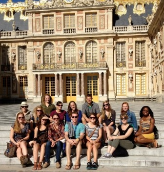 Dr. Bessy and her students at the Palace of Versailles - JPEG
